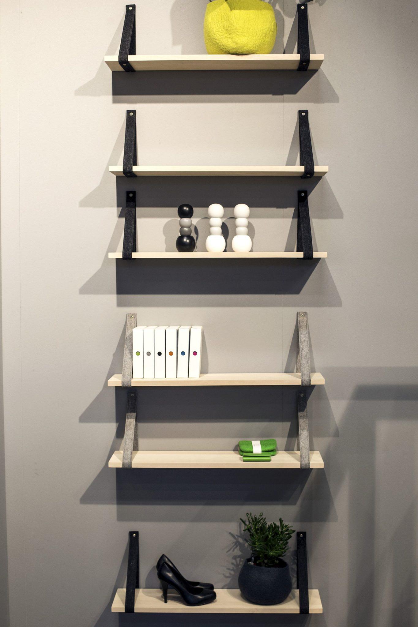 Dashing shelves provide the aesthetics of a ladder shelf