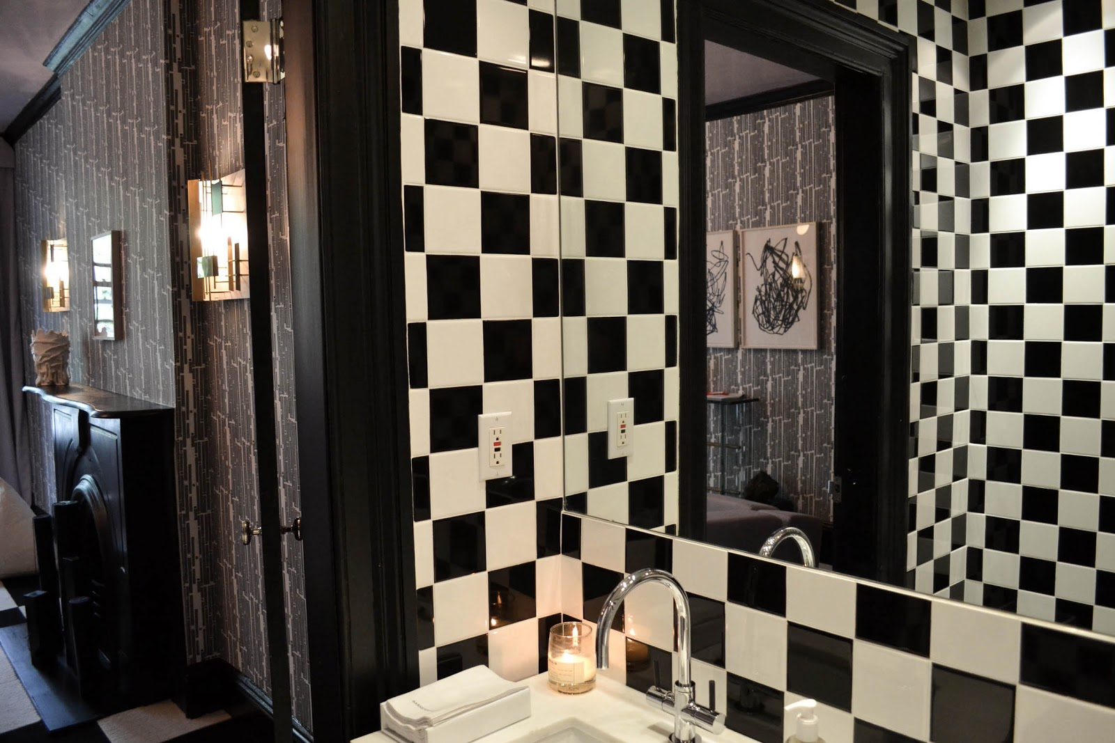 Dress up the entire vanity in a checkered pattern