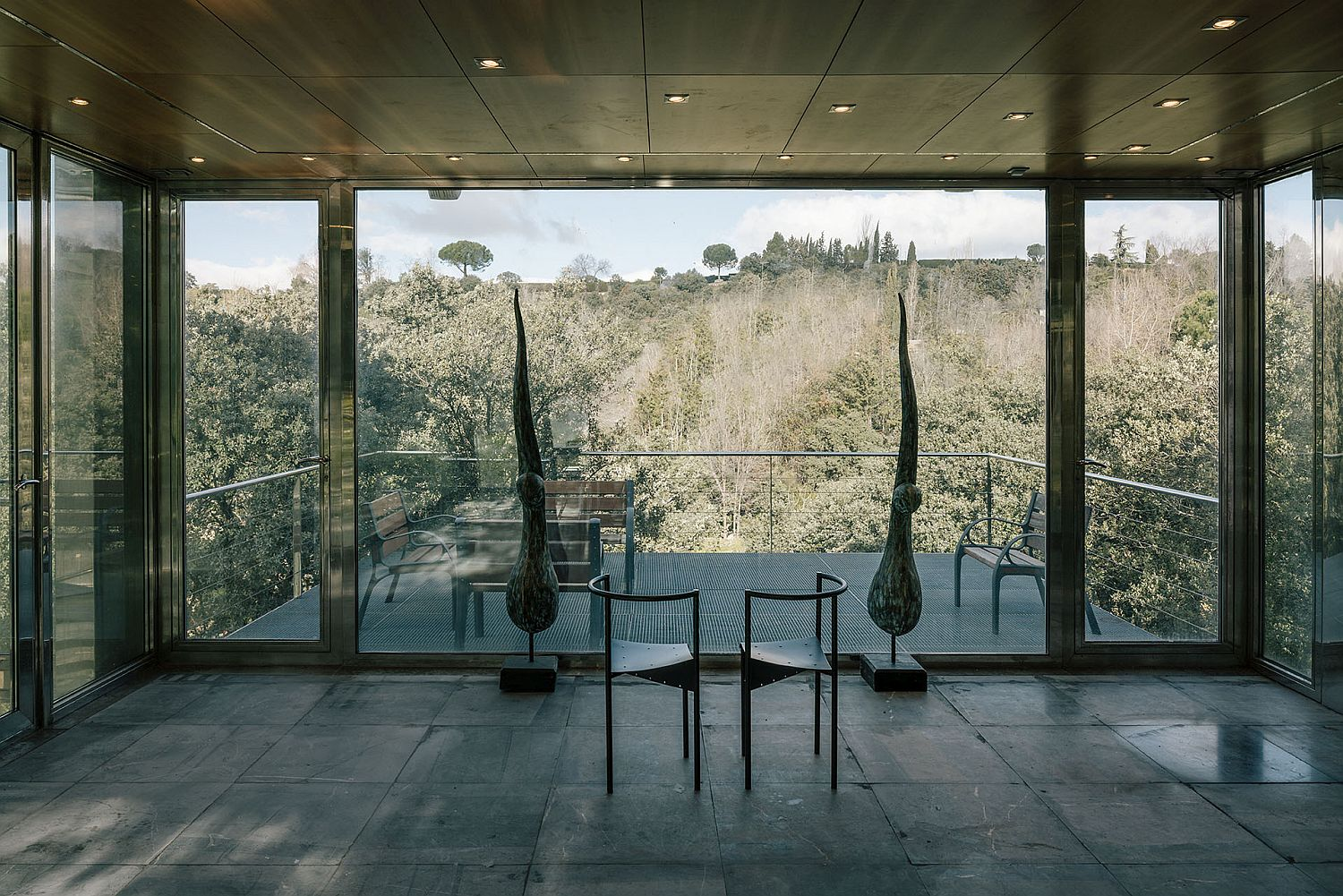 Extended balcony of the Hidden Pavilion allows you to enjoy unabated forest views
