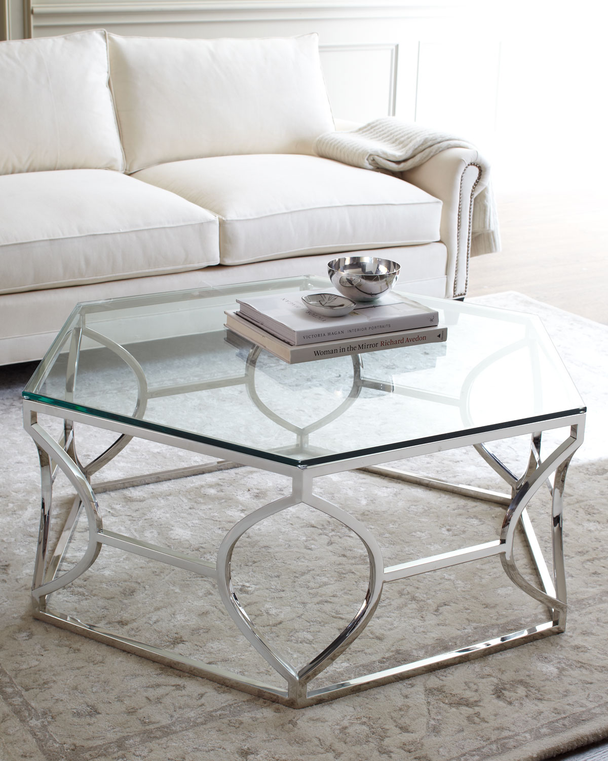 Geometric coffee table is a must-have item in a contemporary living space