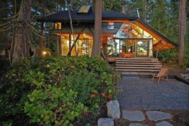 Caring for the Planet: Tranquil Cabin Retreat in Washington