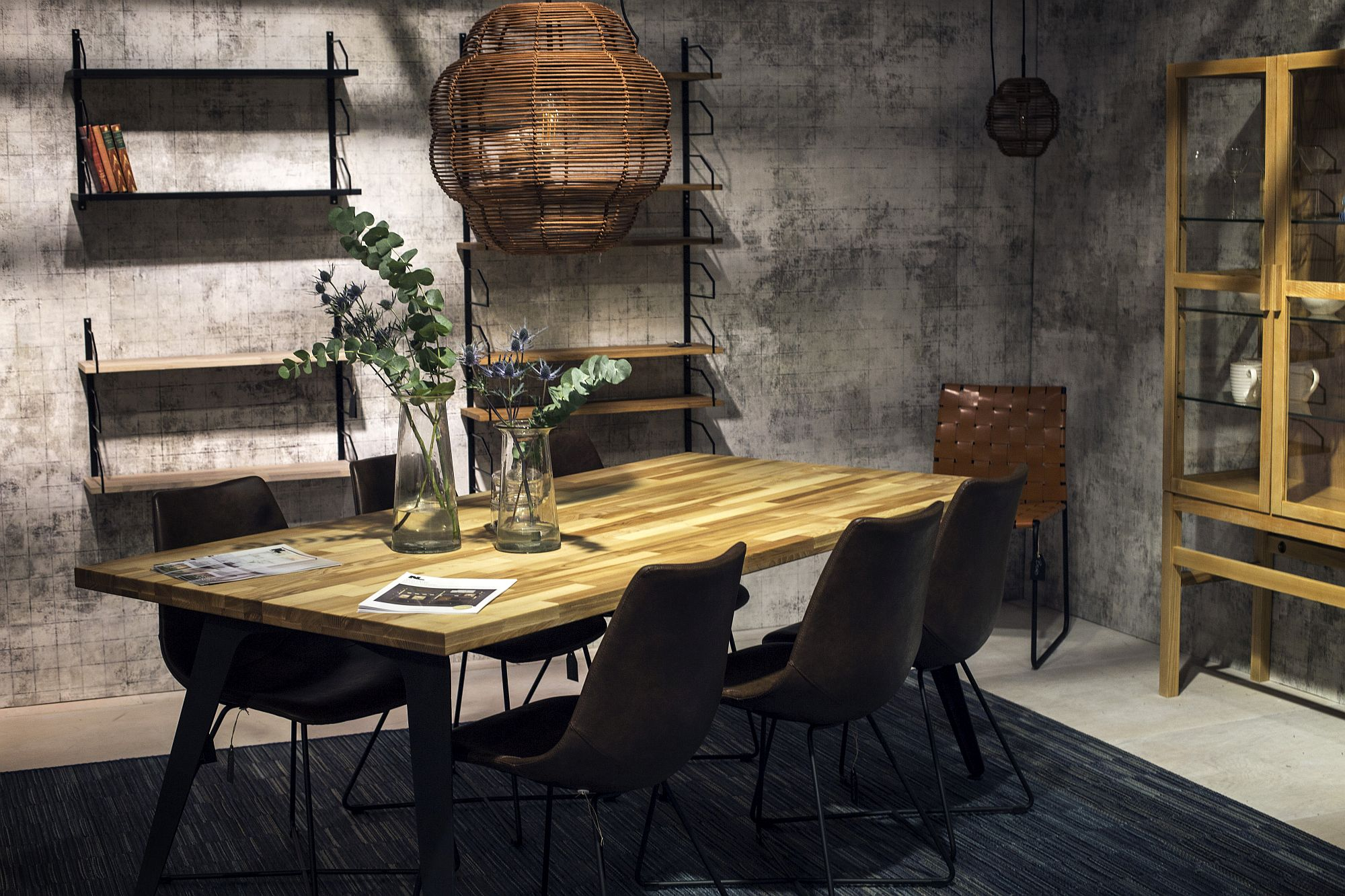 Gorgeous modern industrial shelving idea for the dining space