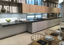 Large-and-bright-kitchen-with-contemporary-lines-GamaDecor-217x155