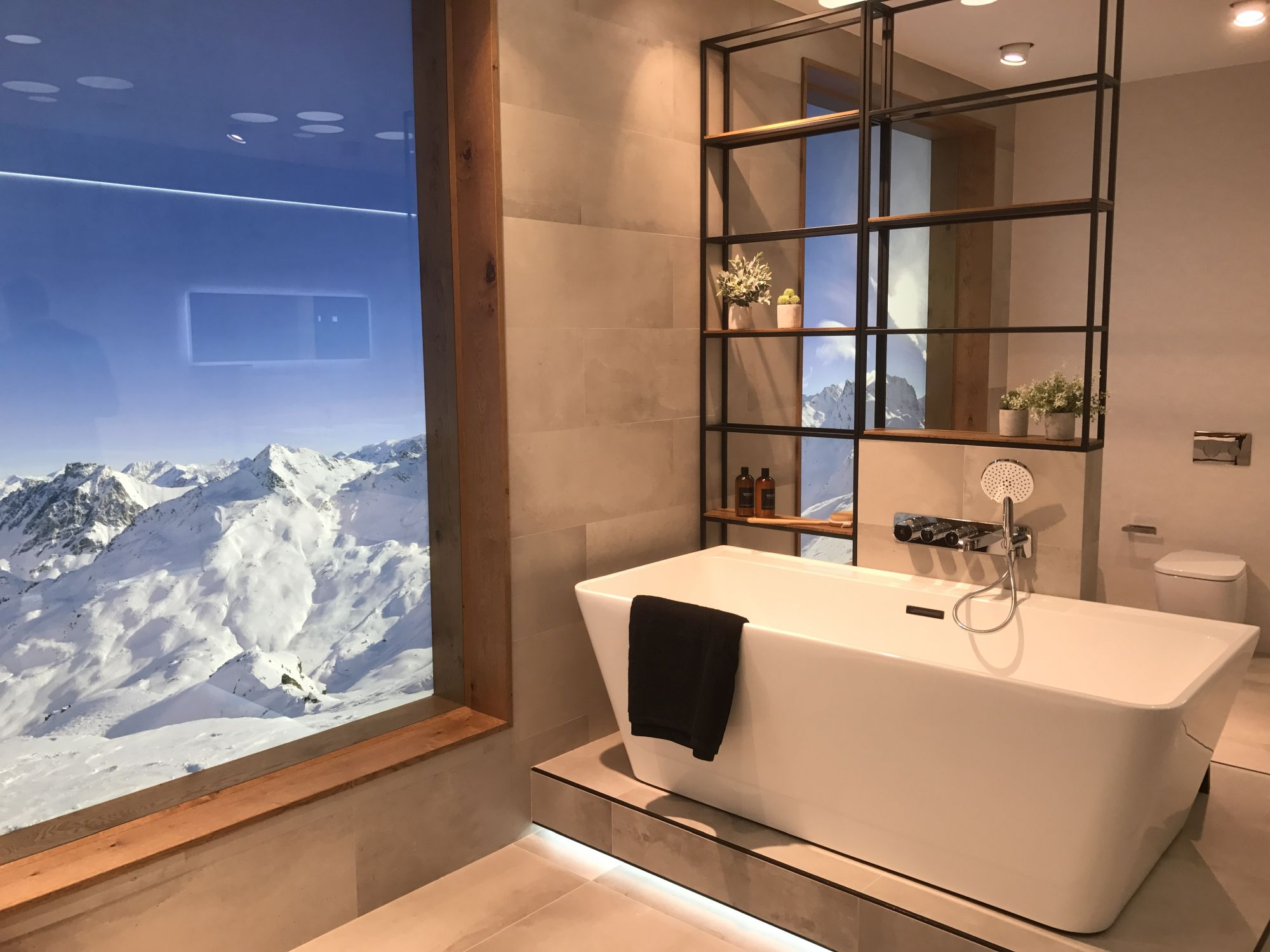 Lounge-bath-collection-by-Simone-Micheli-for-Porcelanosa