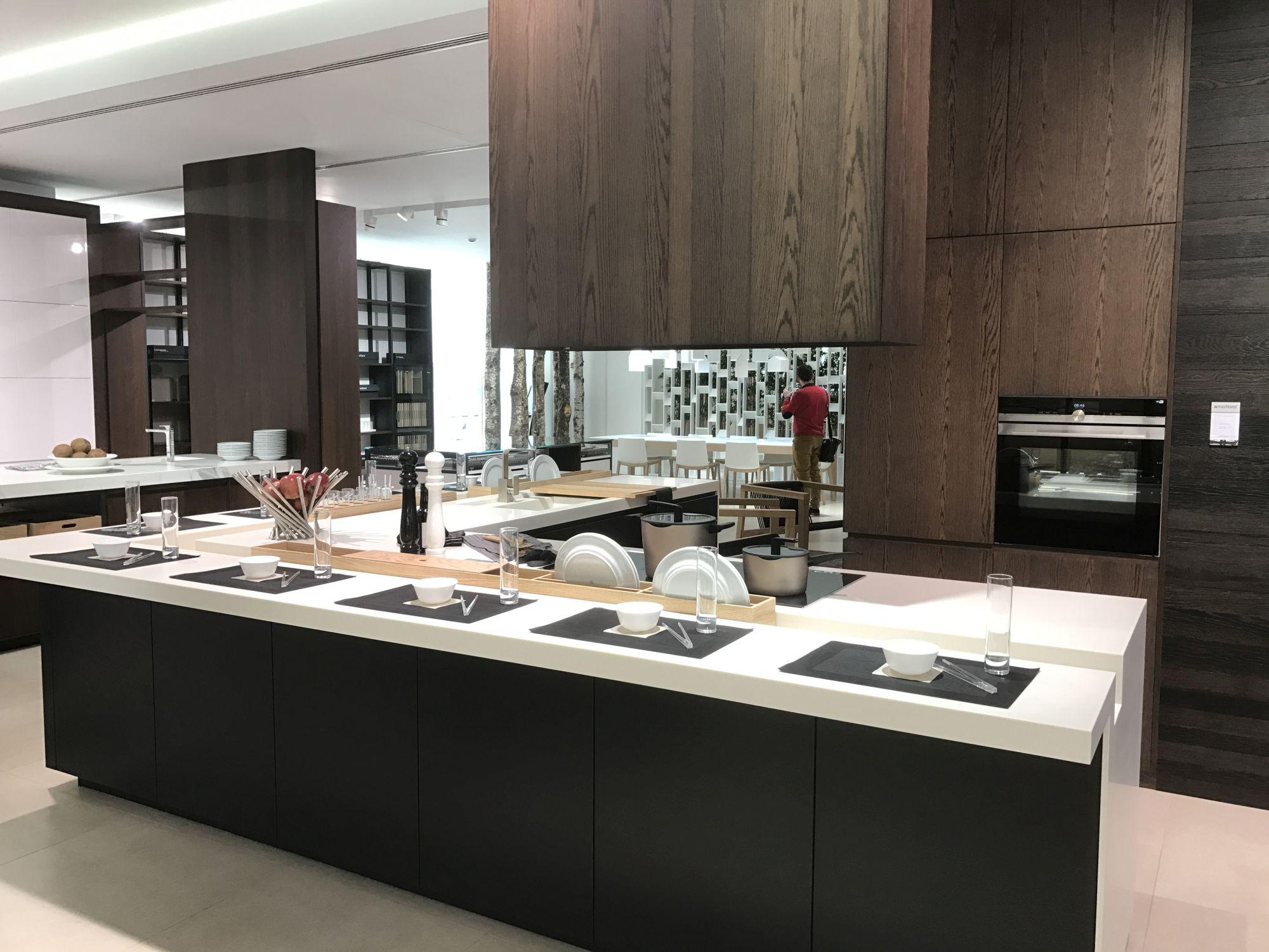 Luxurious-kitchen-design-GamaDecor