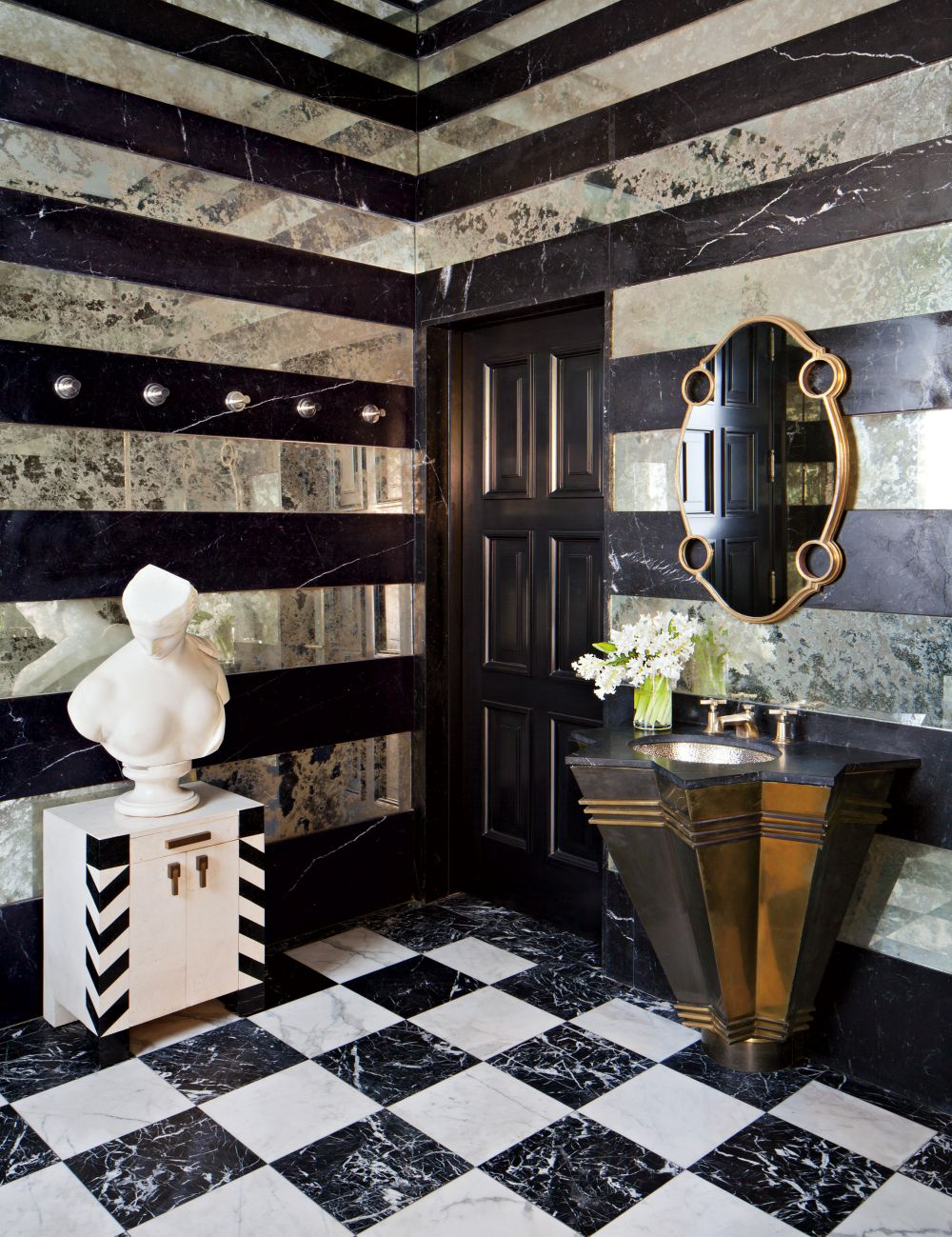 Marbled checkered floors in a state-of-the-art bathroom