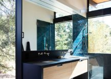 Master-bathroom-at-the-Sacramento-Modern-Residence-217x155