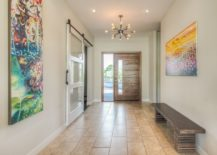 Minimalist-entryway-channels-the-look-of-a-gallery-217x155
