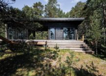 Modern-log-vacation-home-on-an-island-in-the-Baltic-Sea-217x155