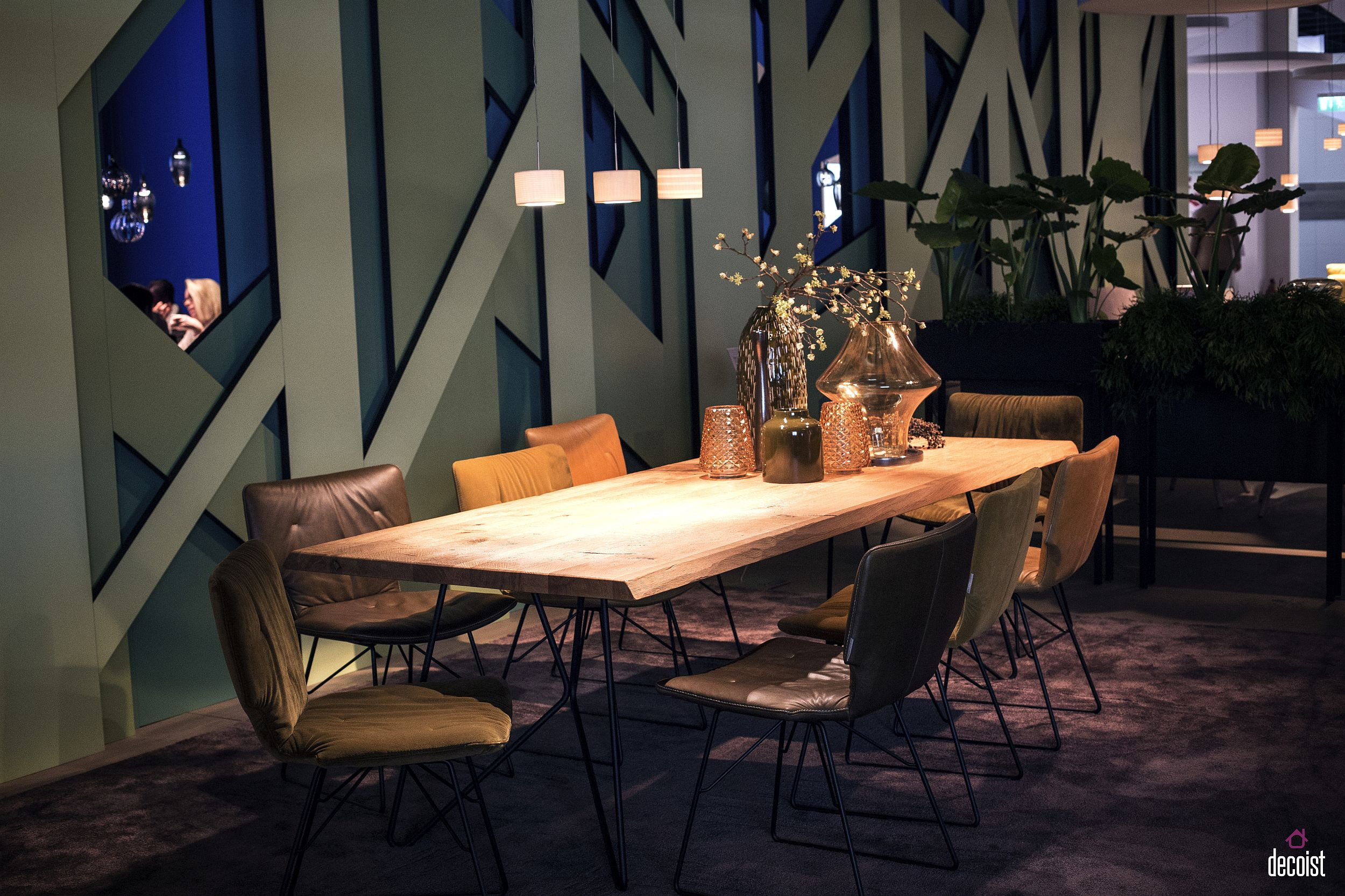 Natural edge dining table is a hot favorite in the contemporary dining room