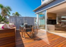 New-raised-timber-deck-with-ocean-views-of-the-renovated-Clovelly-Residence-in-Sydney-217x155