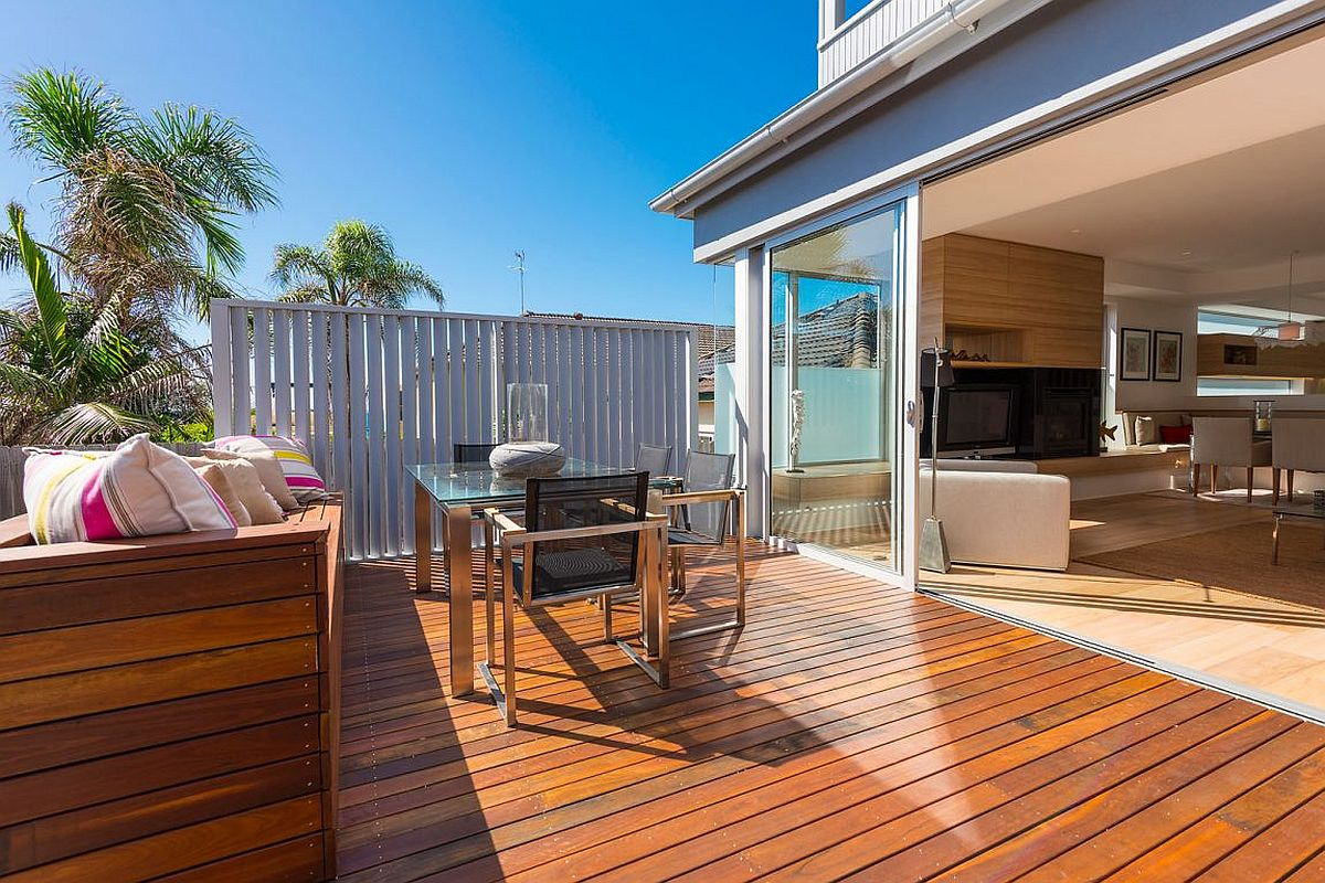New raised timber deck with ocean views of the renovated Clovelly Residence in Sydney
