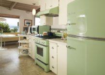 Nostalgic-kitchen-in-a-darker-tone-of-green-217x155