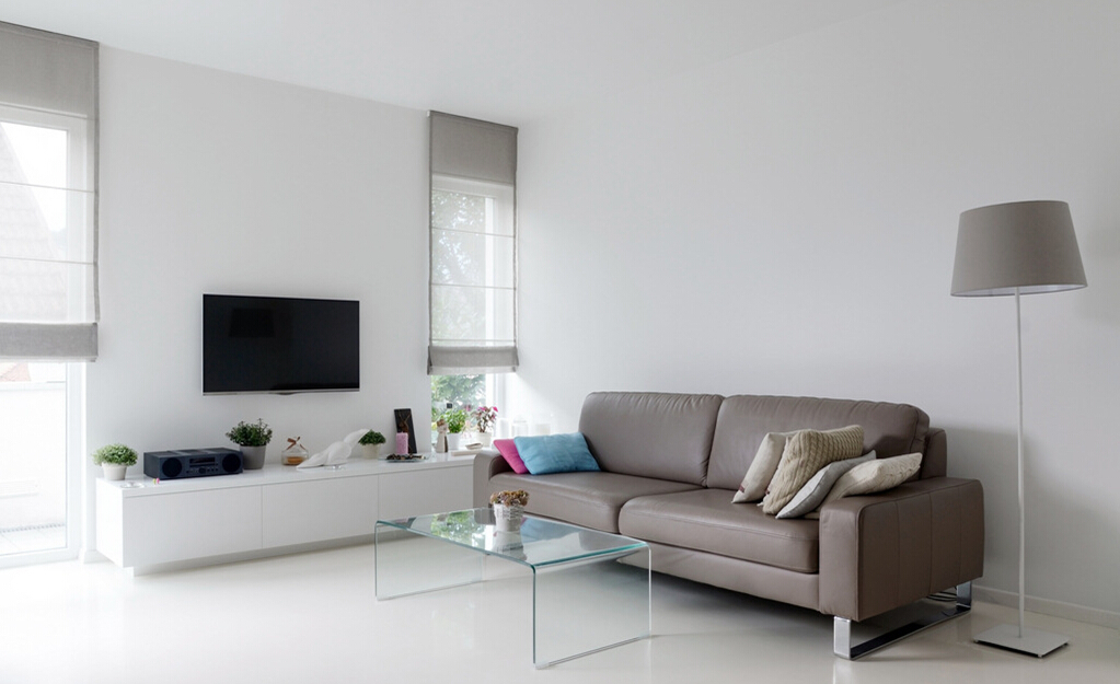 Opt for a glass table and capture the true essence of a minimalist look