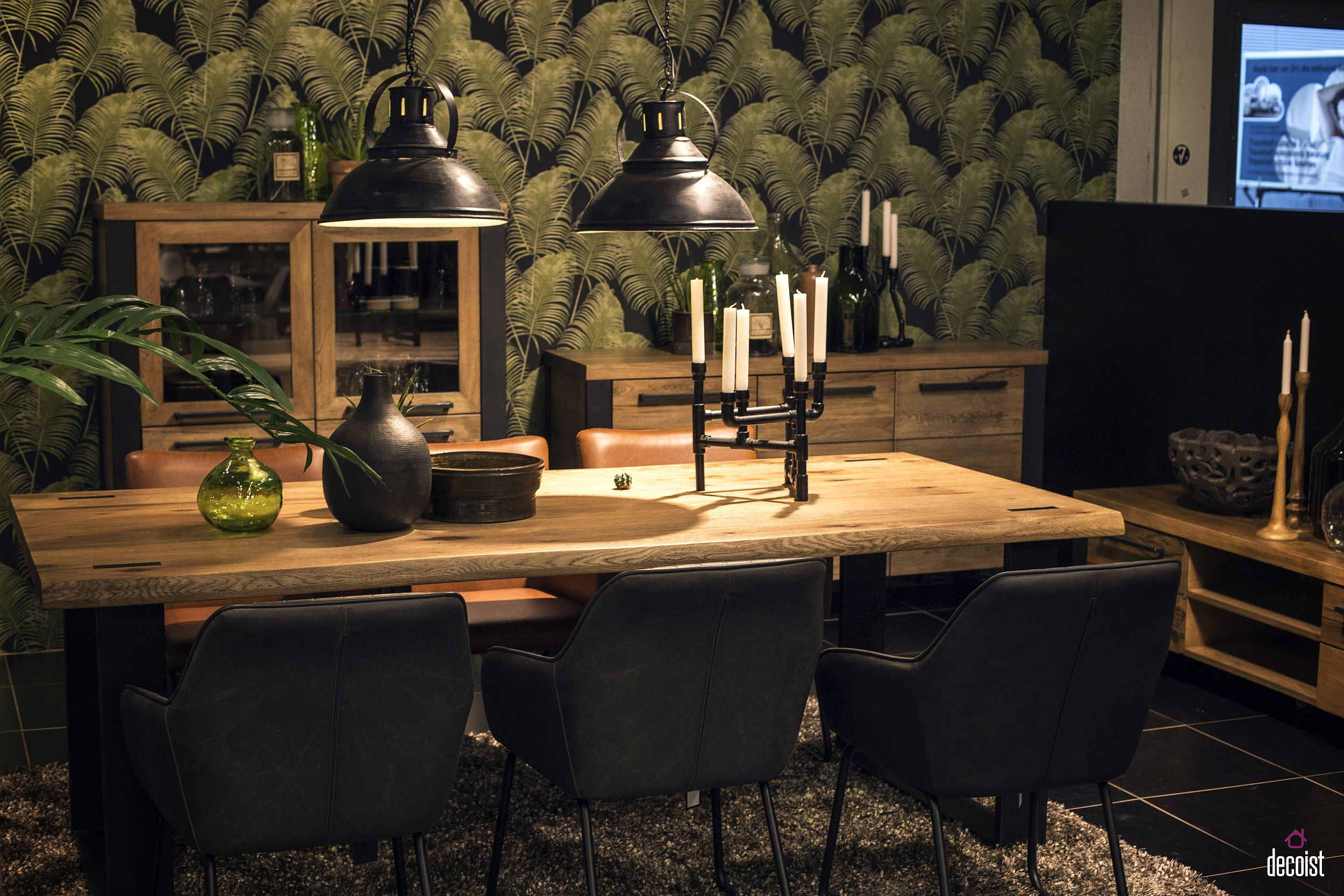 Wallpaper and pendants bring exclusivity to the dining table setting by UNIQUE