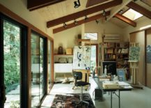 A-beautiful-art-studio-with-a-countryside-interior--217x155