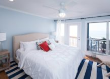 A-coastal-bedroom-that-combines-the-charm-of-blue-and-the-brightness-of-white-217x155