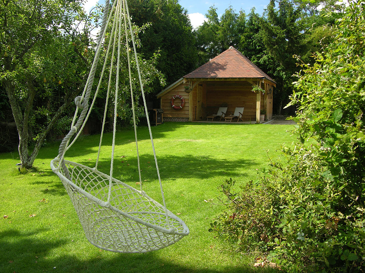 A white net swing that with a strong bohemian touch