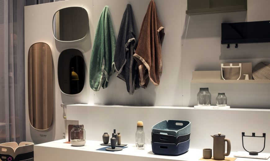 Folded and Stacked: 20 Towel Display Ideas for Contemporary Bathrooms