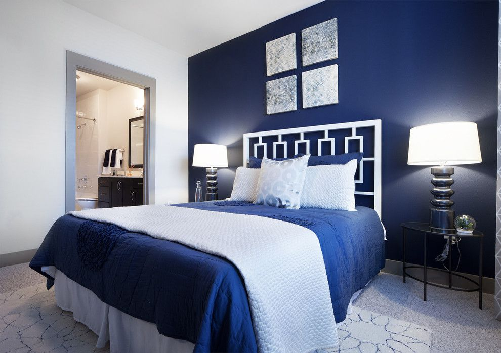 Moody interior breathtaking bedrooms in shades of blue - Blue bedroom ideas ...