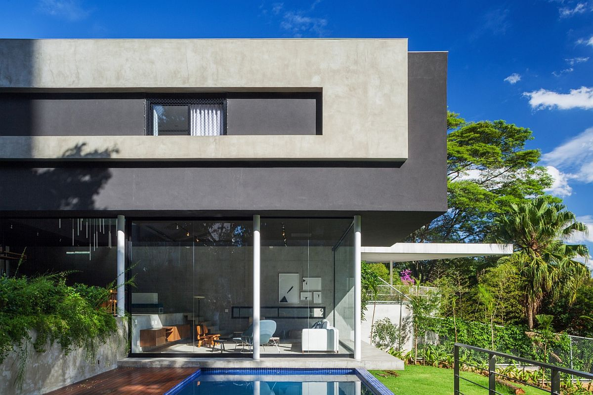 Brazilian modern home with open ambiance
