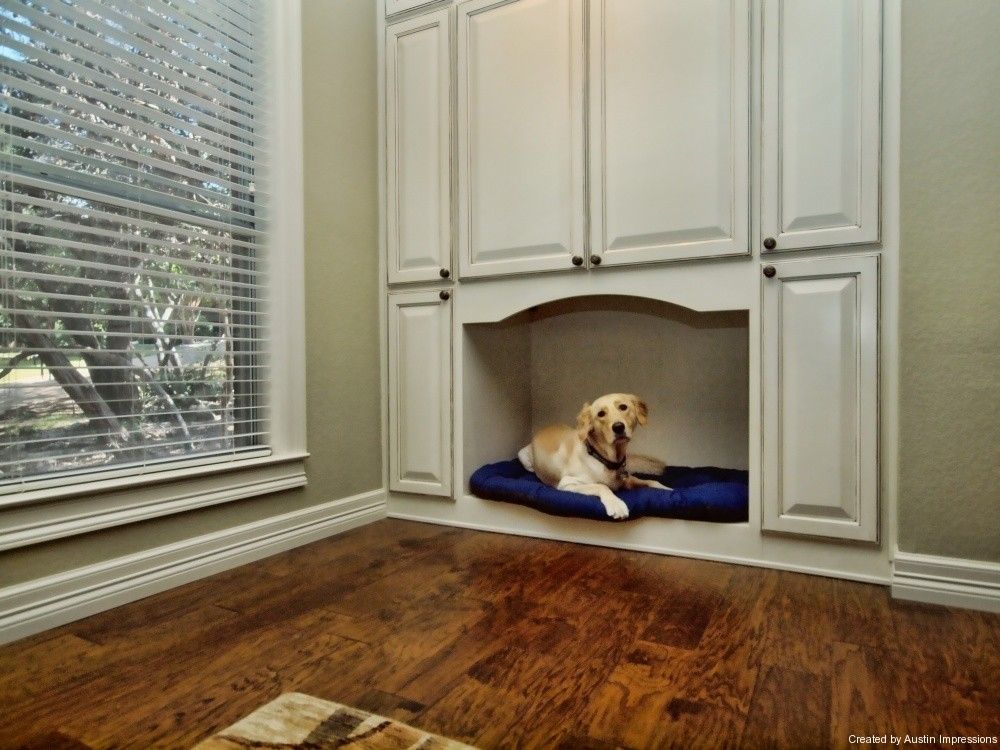 Built-in dog nook that never gets in anyone's way
