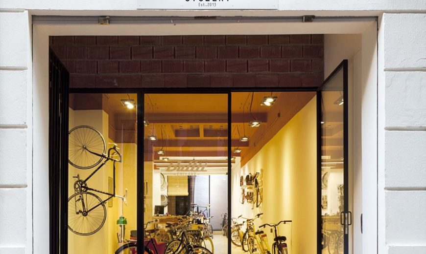 Bullit Cyclery: Dark Bike Shop in Valencia Gets a Breezy, Cozy Revamp