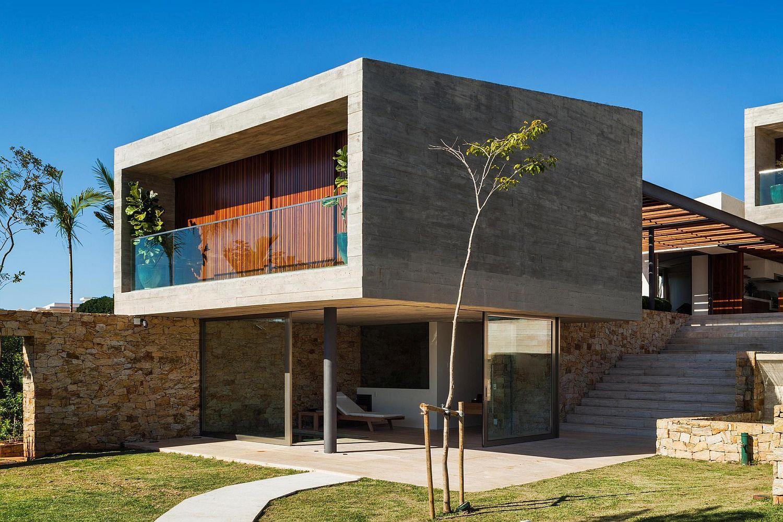 Cantilevered-concrete-block-on-steel-pillars