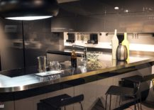 Contemporary-kitchen-in-gray-and-white-from-Scavolini-217x155