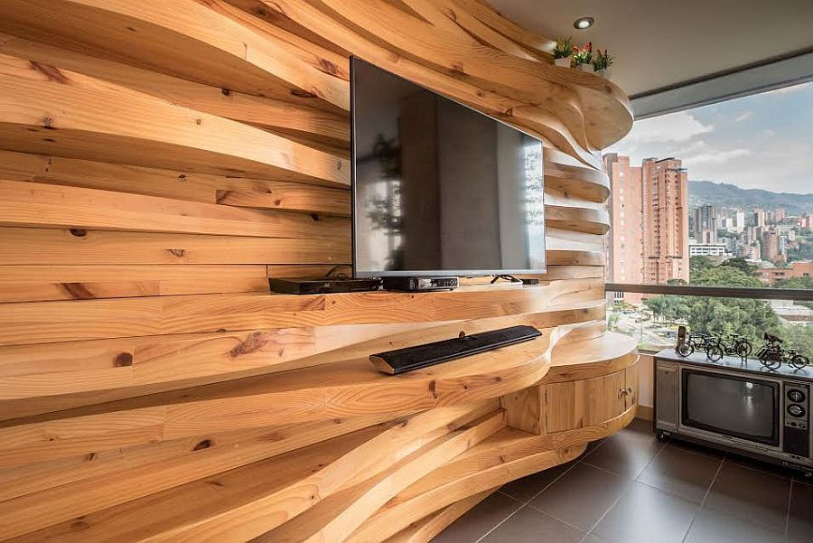 Curved wooden accent wall in the living room