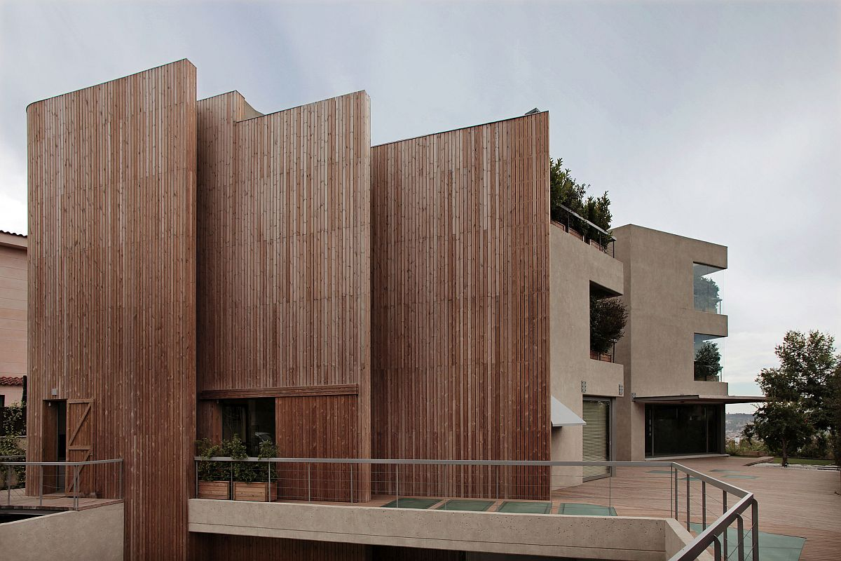 Dashing wooden walls places to keep out noise