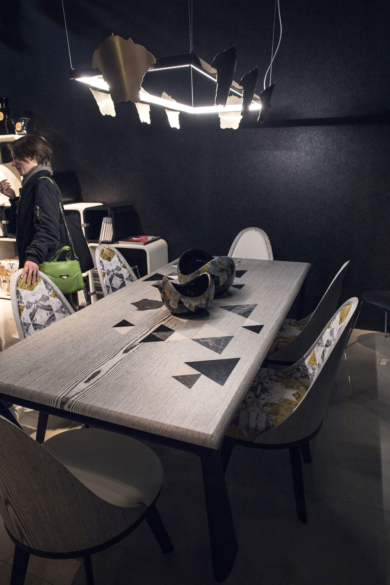 Dining-table-with-triangle-motif-on-top-stands-out-from-the-crowd