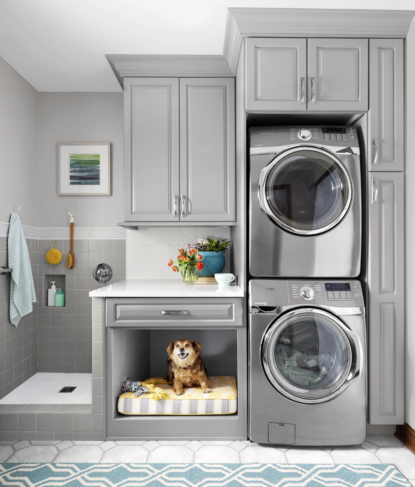 Laundry Room Color Palette: Pet Owner's Delight: Beautiful Dog Nooks That Add To Your