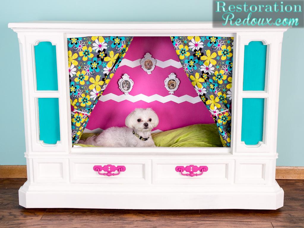 Elegant and glamorous dog nook
