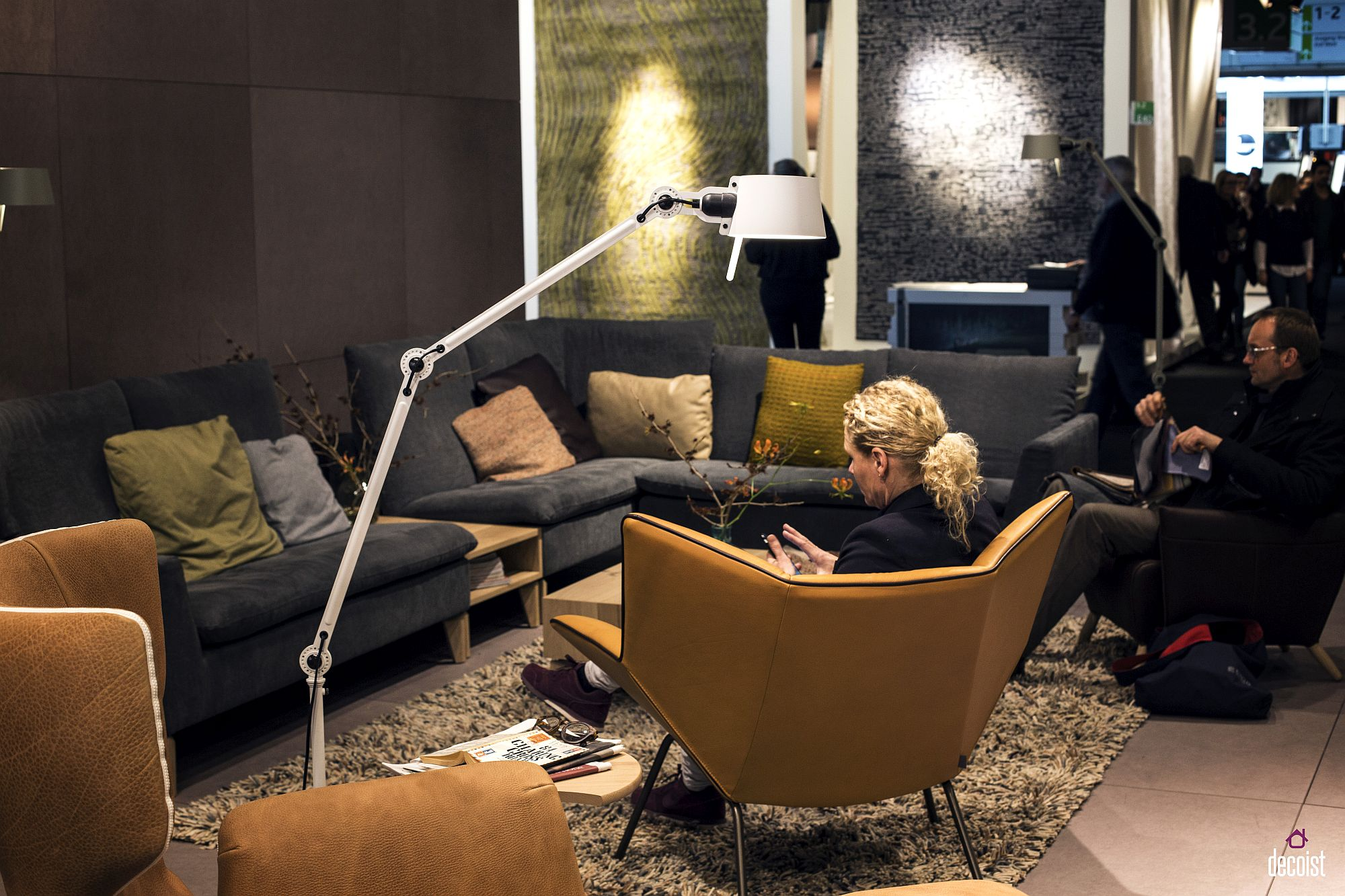 Floor lamp stretches out to offer perfect lighting as you flip through your books