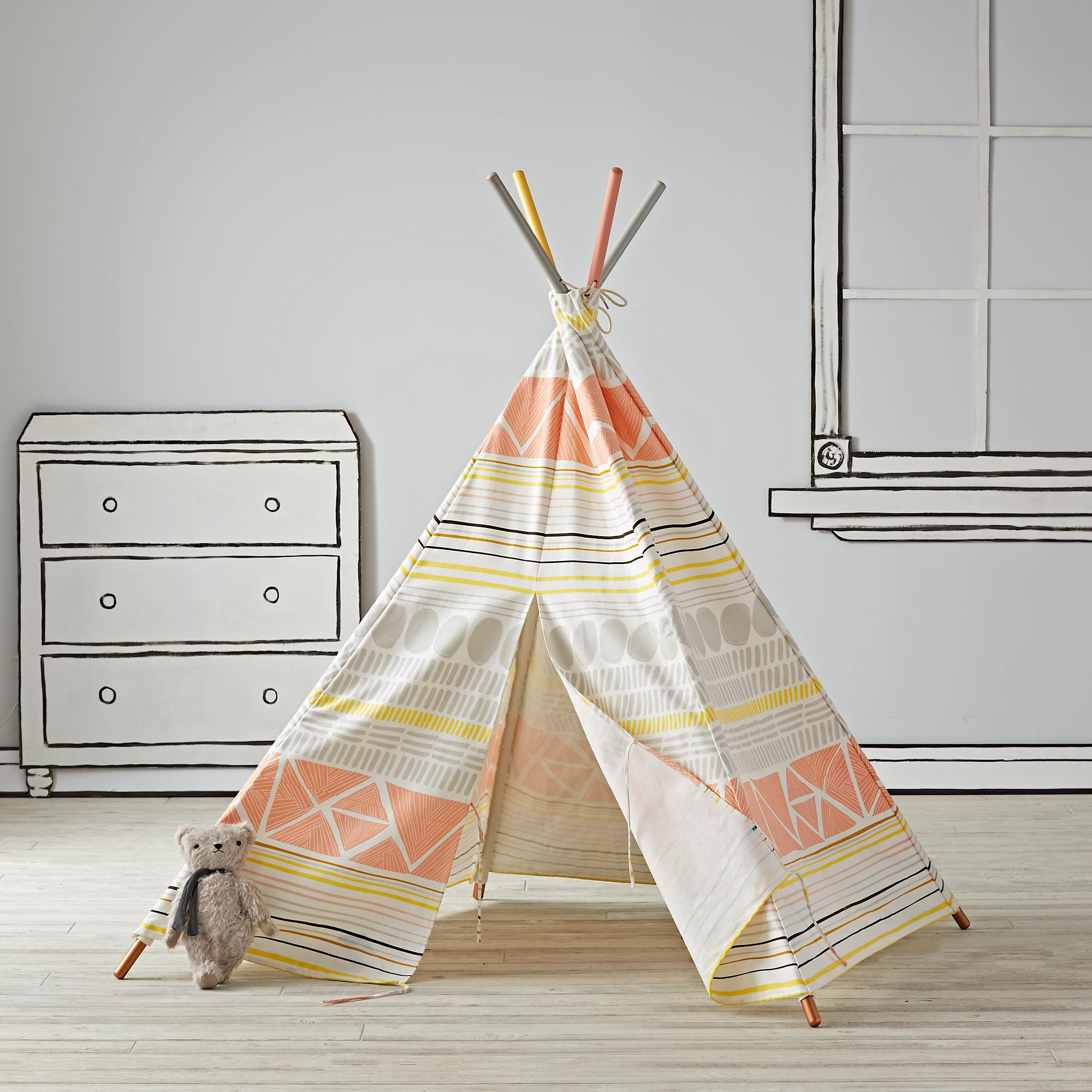 fun design 10 fabulous teepees for that playful kids room. Black Bedroom Furniture Sets. Home Design Ideas