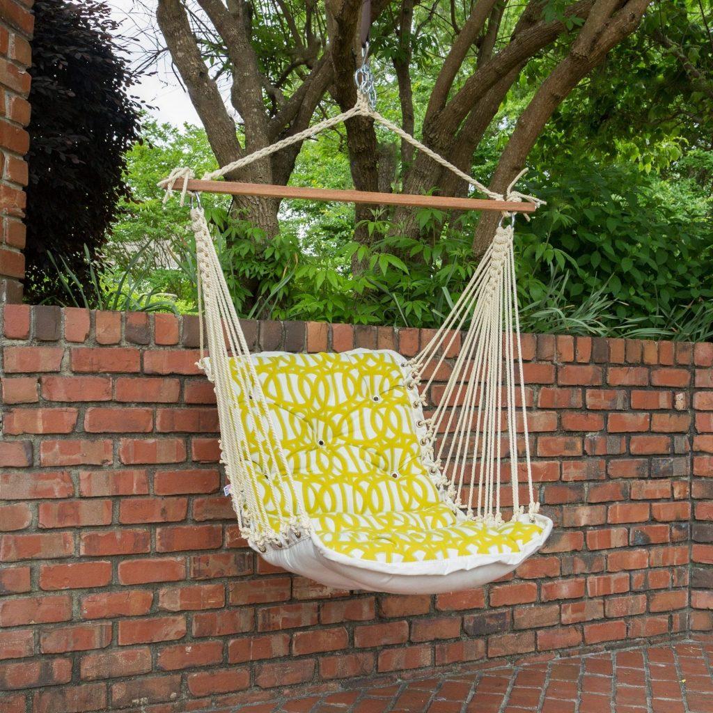 Hanging hammock chair for a simplistic backyard