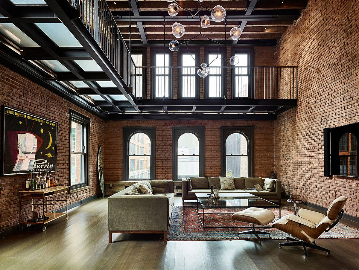 An amazing view of new york citys iconic skyline view in gallery industrial style penthouse