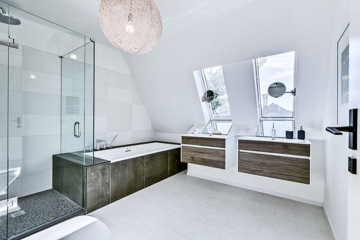 Ingenious use of wood adds warmth to bathroom in white
