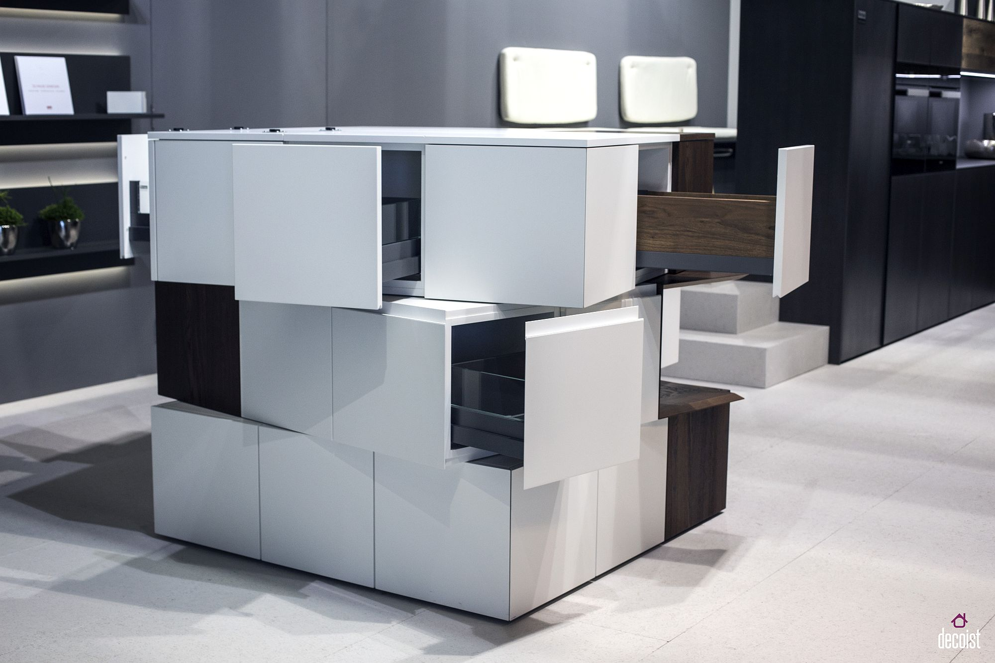 Innovative kitchen storage unit in white from Rempp