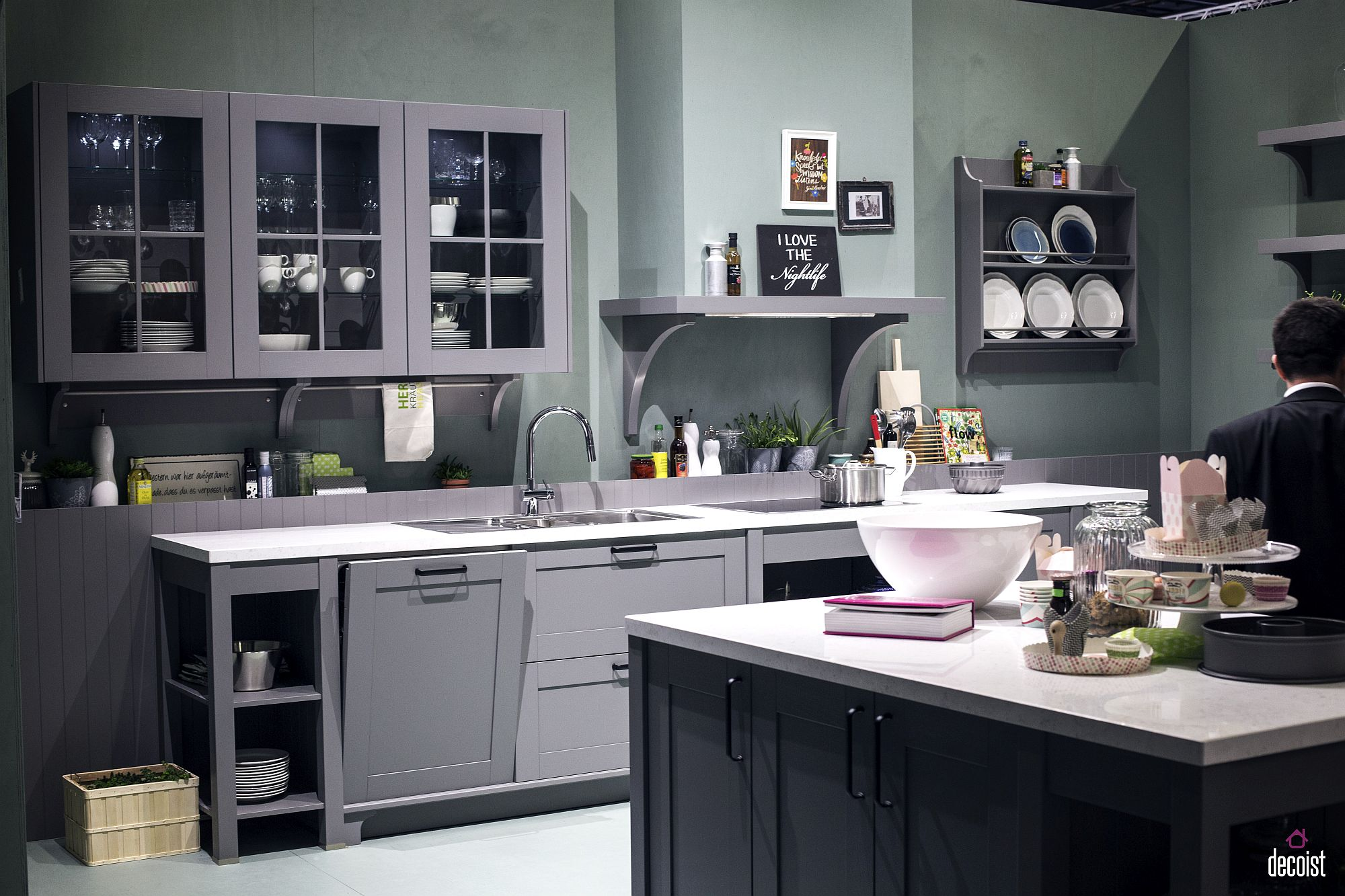 Light and dark shades of gray combined inside the modern kitchen