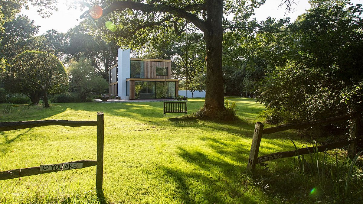 Woodpeckers Holiday Home In Uk On The Edge Of A Forest