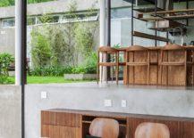 Multi-level-interior-of-the-Brazilian-home-217x155