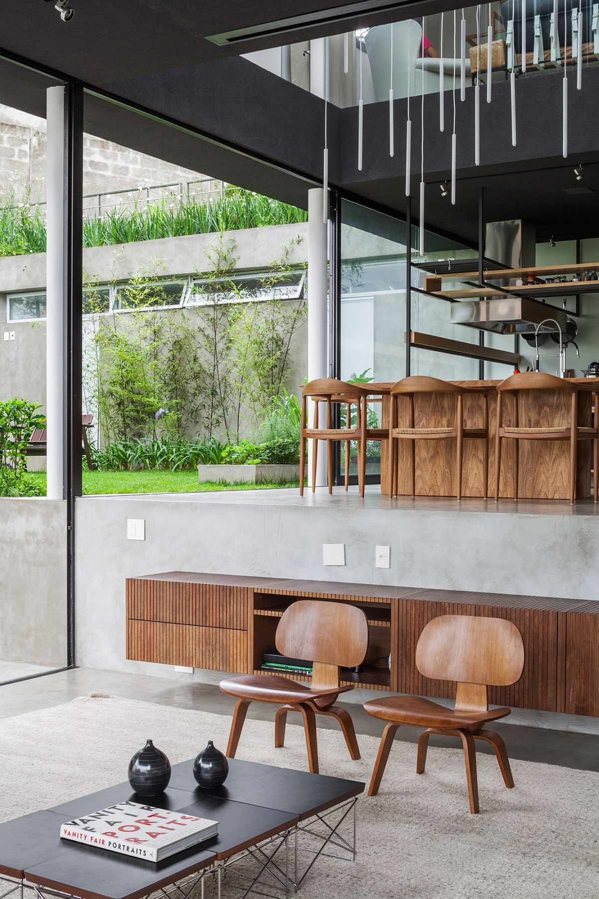 Multi-level-interior-of-the-Brazilian-home