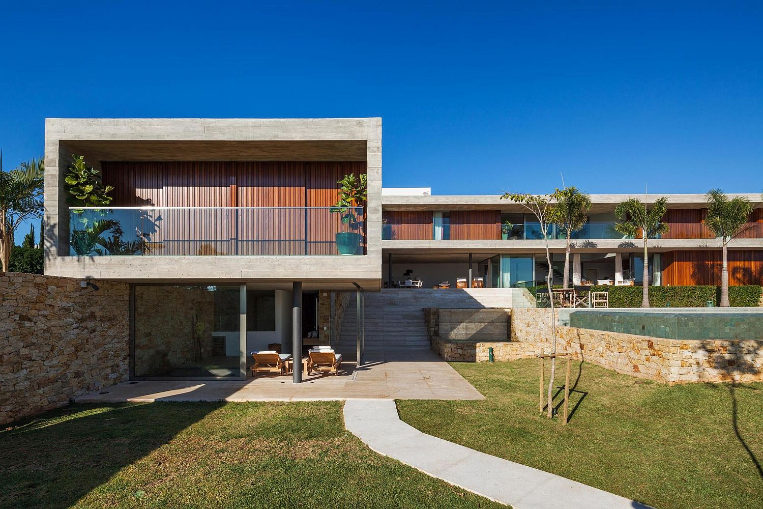 Multiple volumes shape stylish and open contemporary home
