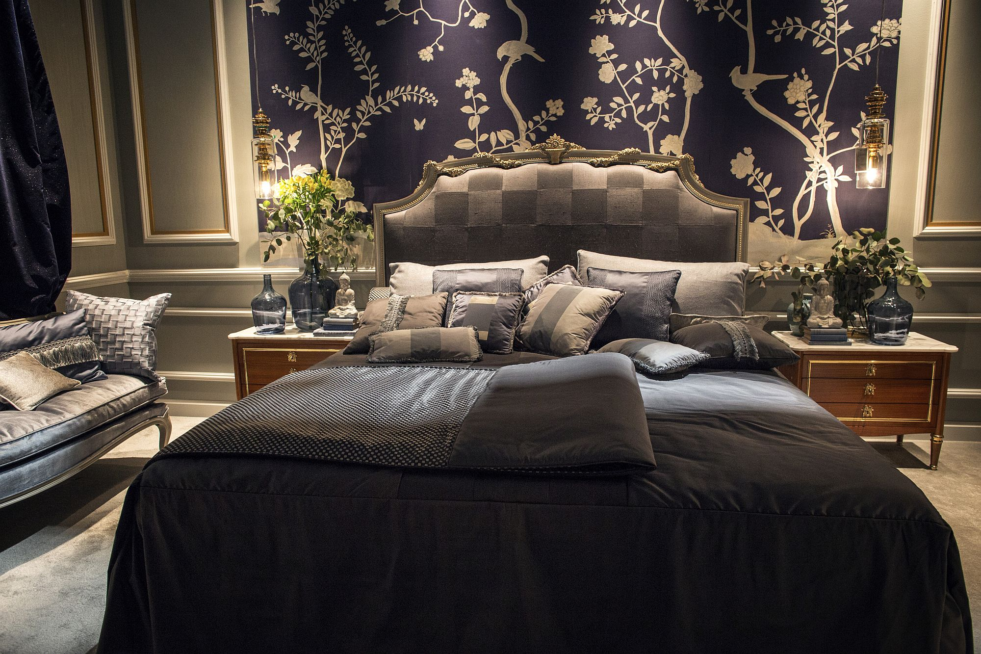 Mural-in-the-backdrop-adds-to-the-natural-vibe-of-the-opulent-bedroom