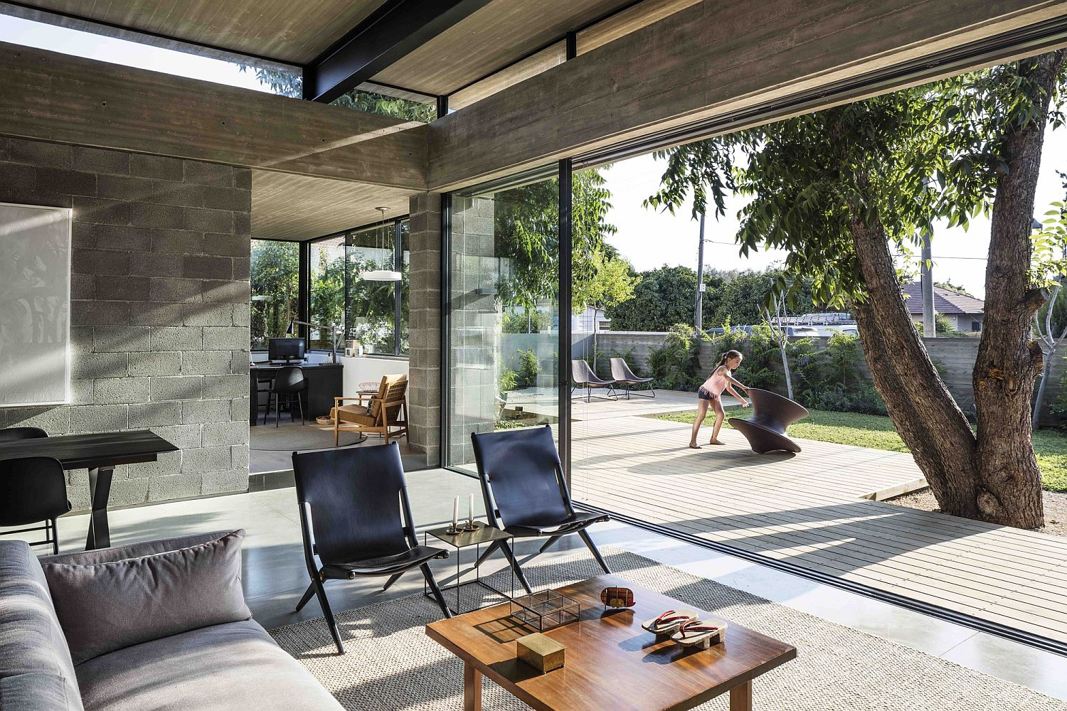 Raw finishes and blockwork create a cozy and elegant Israeli home