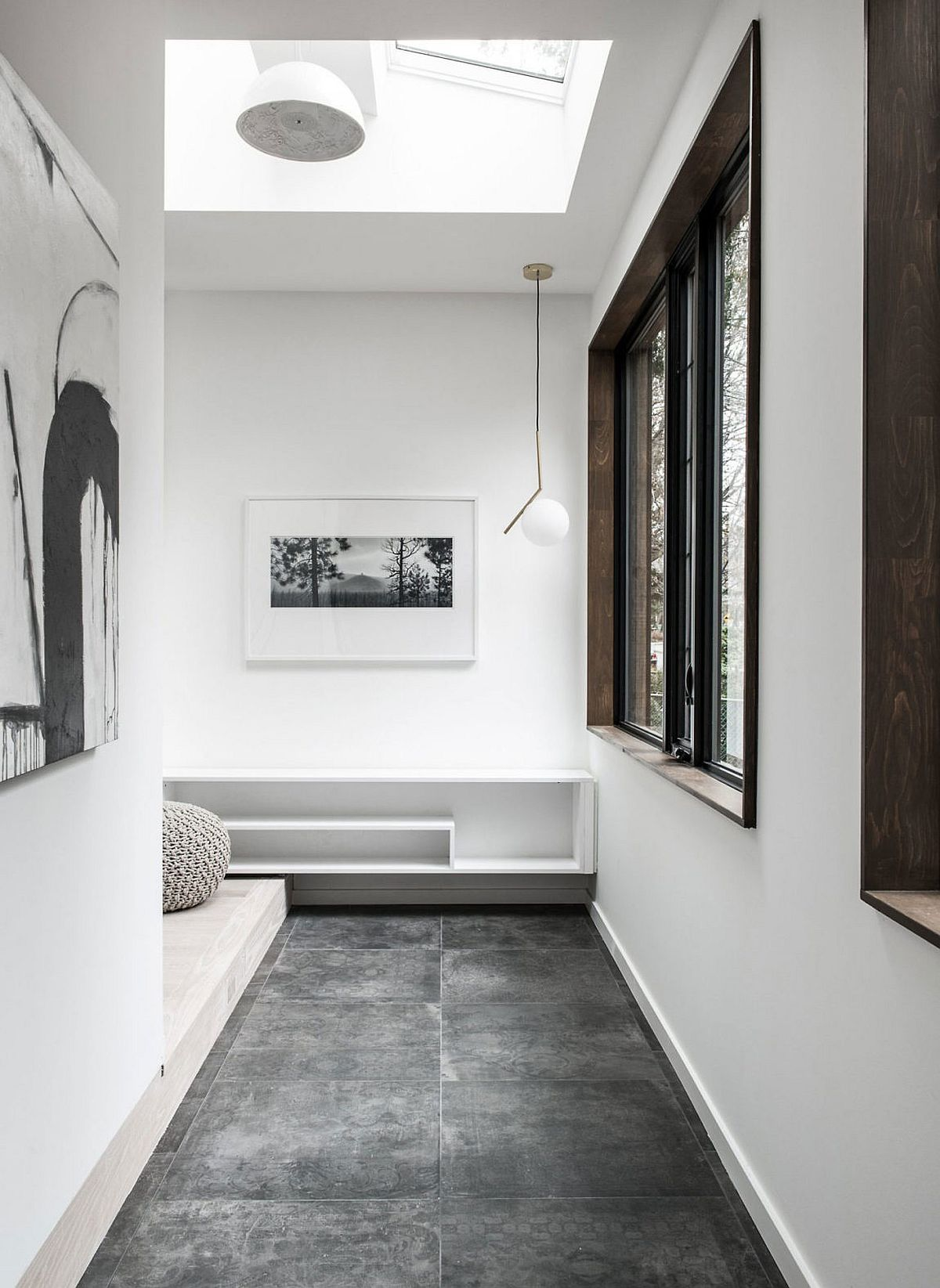Skylight brings natural ventilation into the modern home