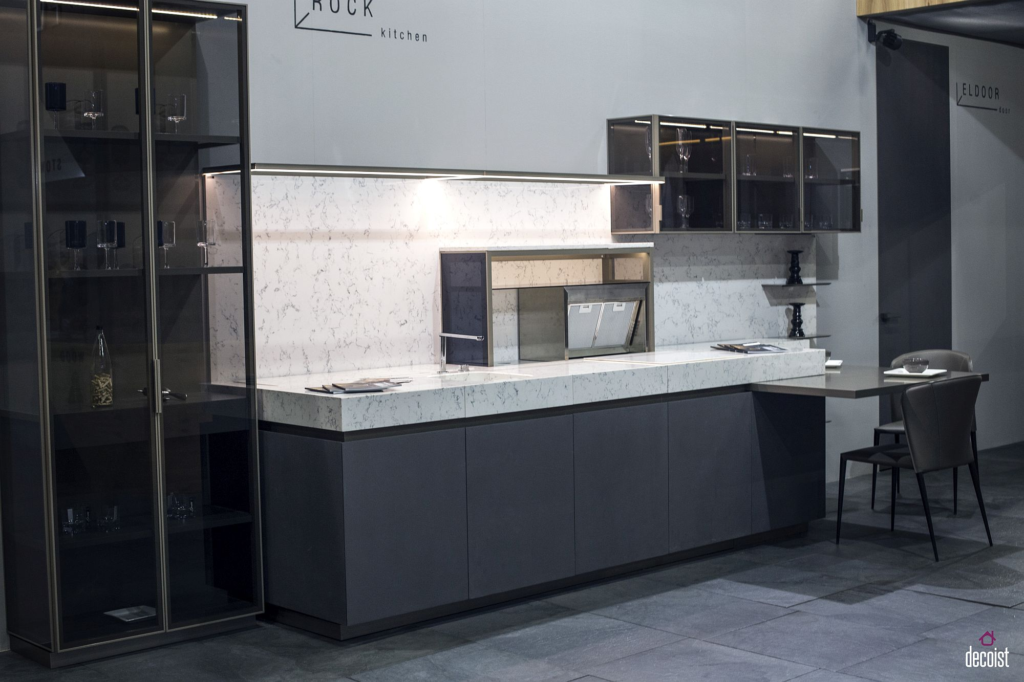 Smart kitchen in gray and white – Rock from ELIO