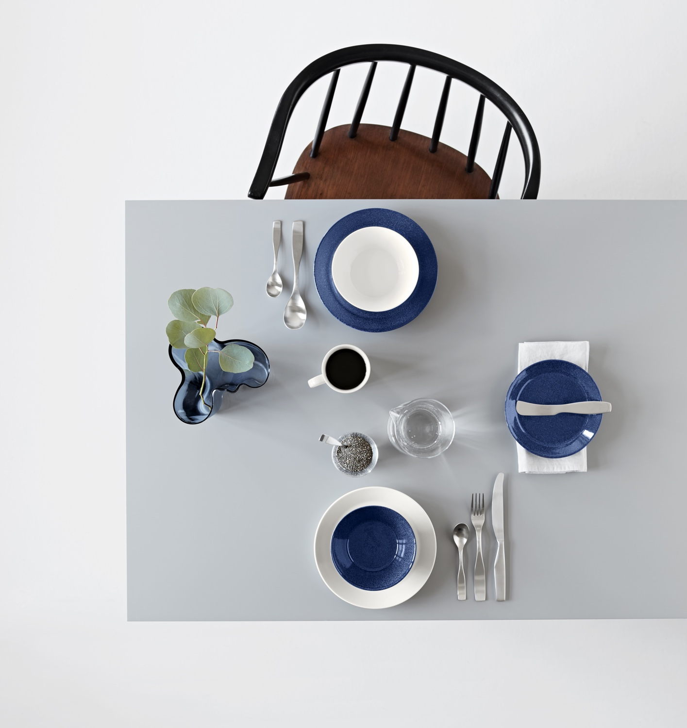 Teema dotted blue and Scandia cutlery